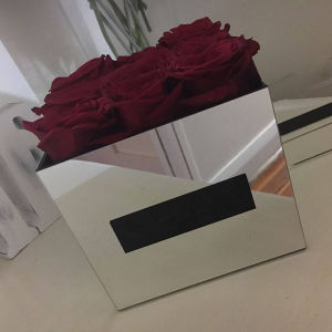 Waterproof Clear Acrylic Flower Storage Box /Rose Packing Box Manufacturer pictures & photos
