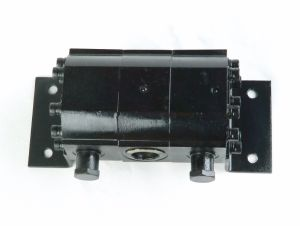 Grh 2.5-5gpm Hydraulic Gear Motor Type Flow Divider pictures & photos