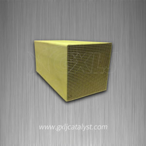 200 Mesh Industrial Honeycomb Ceramic Substrate Ceramic Honeycomb Monolith Catalyst pictures & photos