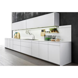 Grandshine Fashionable Stream-Lined White Matt Lacquer Wood Kitchen Cabinet pictures & photos