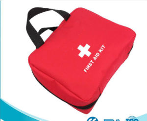 Outdoor Survival Kit Red Emergency Bag Promotional First Aid Kit for Car Travel pictures & photos