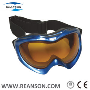 Super Anti-Scratch Anti-Fog Skiing Snowboarding Goggles pictures & photos