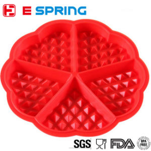 Waffle Baking Mold Heart-Shaped Silicone Cake Pan pictures & photos