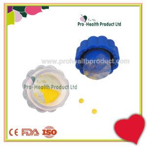 Flower Shape Mini Plastic Pill Crusher pictures & photos