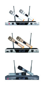 Top Quality Wireless VHF Mic Cordless Hand Held Microphone pictures & photos