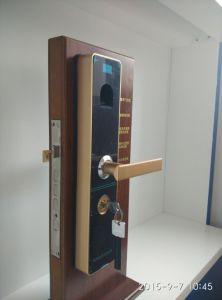 Zinc Alloy Smart Fingerprint Door Lock with Password Key pictures & photos