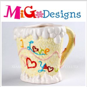 OEM I Love U Gift Ceramic Icecream Cupcake Canister pictures & photos