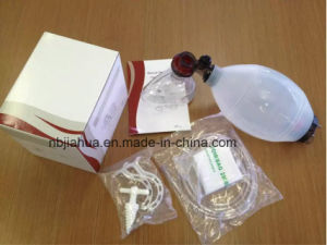 Silicone Manual Resuscitator for Infant Resuable pictures & photos