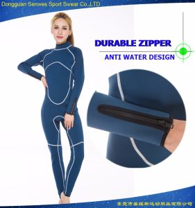 Women′s Long Sleeve Neoprene Wetsuit for Diving Surfing Swimming pictures & photos