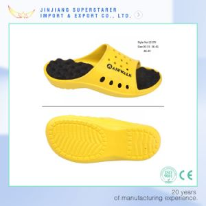 EVA Healthy Holey Upper Wave Insole Slipper pictures & photos