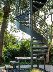 Exterior Spiral Staircase Hot Dipp Glavanizing Stairs pictures & photos