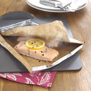 Non Stick Easy Shap Household Foil Backed Parchment Paper for Baking Steaming pictures & photos