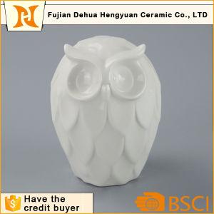 High Quality White Ceramic Owl Figurine for Home Decoration pictures & photos