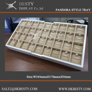 Standing Charms Display Tray with Good Fabric pictures & photos
