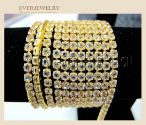 Best Selling High Quality Zircon Cup Chain for Garment Trimming pictures & photos