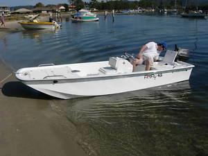 Liya W Shape Fishing Boat Bateau En Fibre De Verre Pour La Peche Maritime pictures & photos