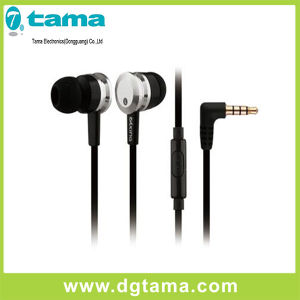 in Ear Wired Earphone with L-Shaped 3.5mm Plug & Microphone pictures & photos