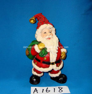 Antique Resin Santa Claus for Christmas Decoration pictures & photos