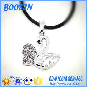 Cheap Elegant Opal Swan Shape Necklace for Women pictures & photos