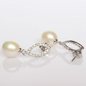 925 Silver Fashion Freshwater Pearl Earrings (ER1424) pictures & photos