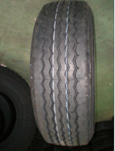 Heavy Duty Truck Radial Tyre pictures & photos
