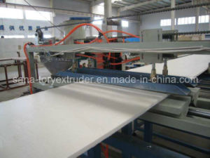 CE Approved Plastic XPS Foamed Board Extrusion Machine Line pictures & photos