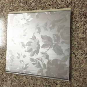 200*5mm 6mm 7mm Light Weight PVC Ceiling Tiles (RN-97) pictures & photos