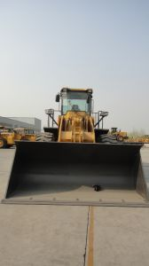 Yineng 6 Ton Wheel Loader Yn966 pictures & photos
