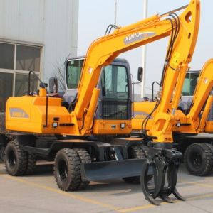 Rhinoceros Xiniu Bucket Excavator Small Wheel Digger for Sale in China Shandong pictures & photos