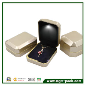 China Elegant Custom Designed LED Jewelry Box China Jewelry Box