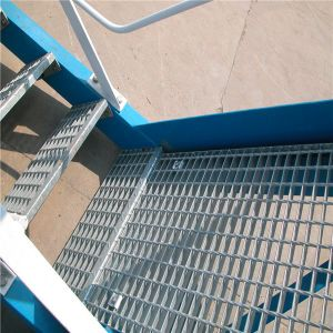 Hot Galvanized Grating for Stair Tread pictures & photos