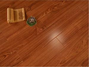 8.3mm Laminate Flooring Laminated Wood Flooring pictures & photos
