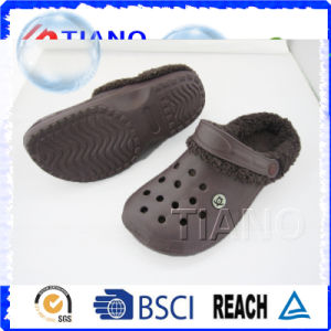 Fashion Warm Winter Men Clogs (TNK40053) pictures & photos