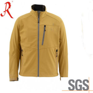 Latest Waterproof and Breathable Softshell Jacket (QF-4113) pictures & photos