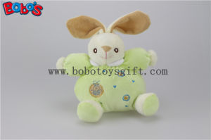 "5.9""Safety Toddle Toys Plush Green Rabbit Bunny Baby Toy with Ring Rattle pictures & photos"