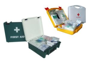 National Team First Aid Kit portable Emergency Case pictures & photos