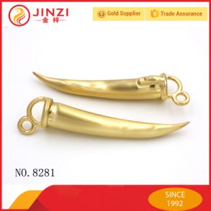Hot Selling Handbag Accessories/Metal Hardware Accessories/Metalic Chili Shape Decoration pictures & photos