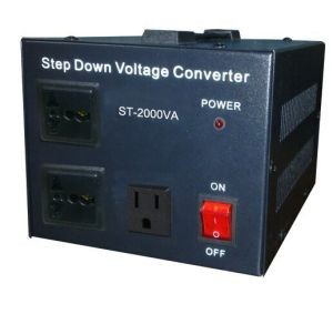 1000va Step up and Down Voltage Transformer/Converter pictures & photos