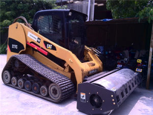 XCMG Skid Steer Loader with Vibratory Roller Attachment pictures & photos
