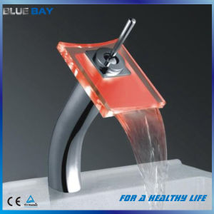 Brass LED Bathroom Basin Faucet with Ce Approval pictures & photos