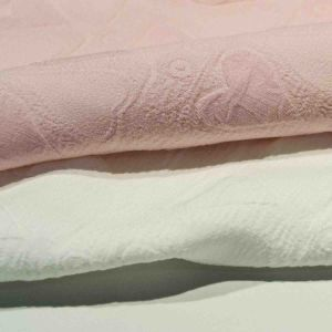 Dyed Jacquard Chemical Polyester Fabric for Woman Dress Skirt Garment pictures & photos