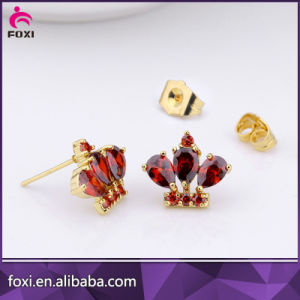 Fancy Design Zircon Handing Stud Earring for Women pictures & photos