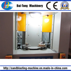 Turntable Type High Efficiency Automatic Sandblasting Machine for Small Parts pictures & photos