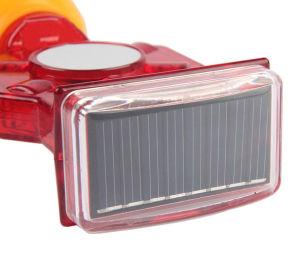 Solar Flashing LED Warning Light pictures & photos