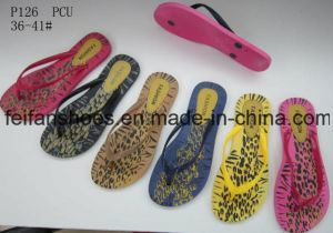 Women PVC Slippers Good Price Flip Flops (FFDL112201) pictures & photos