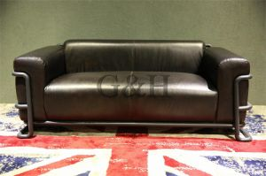 European Chesterfield Leather Sofa and American Retro Sofa pictures & photos