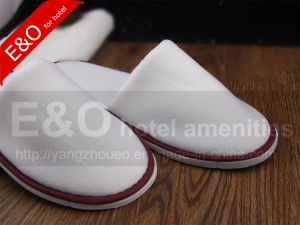 Single-Sided Flocking Fabric Hotel Slippers pictures & photos