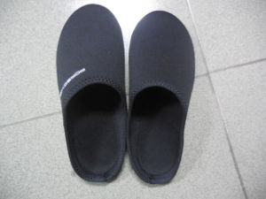 High Quality Indoor Neoprene Slippers pictures & photos