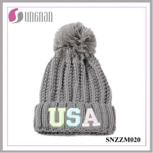 2016 Multicolor Fluorescent Luminous Embroidery Letter Acrylic Knit Hats pictures & photos