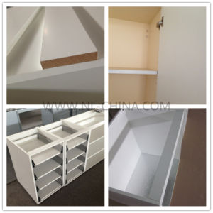 Modern Kitchen Cabinet Set in Matt Finish (kc1130) pictures & photos